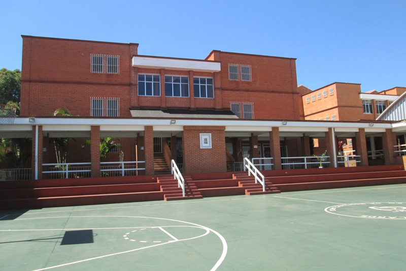 Colegio Santa María de Montesclaros